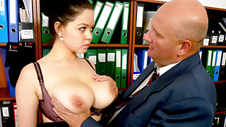 King made thrust in secretary's huge tits