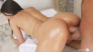 For everyone lubed super curvy babe Eliza Ibarra rides dig up and gets poked doggy