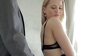 Hot flaxen-haired GF Violette Pure is happy to ride strong cock in the morning
