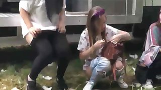 Voyeur's Paradise - girls peeing during a Spanish festival